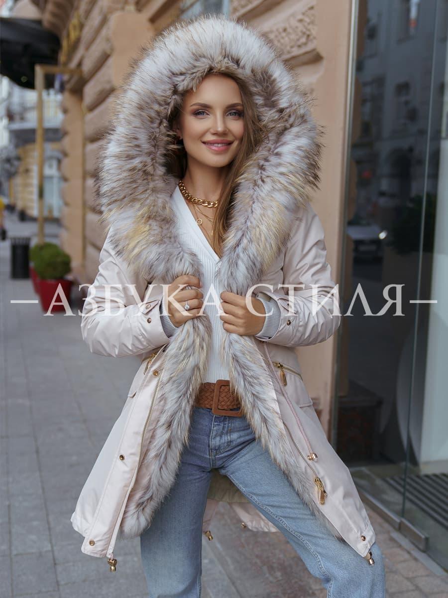 Парка с мехом аукционного енота Alessandra